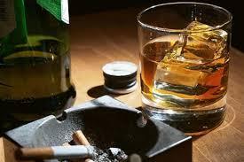 Νοητική γήρανση προκαλούν το κάπνισμα και το αλκοόλ