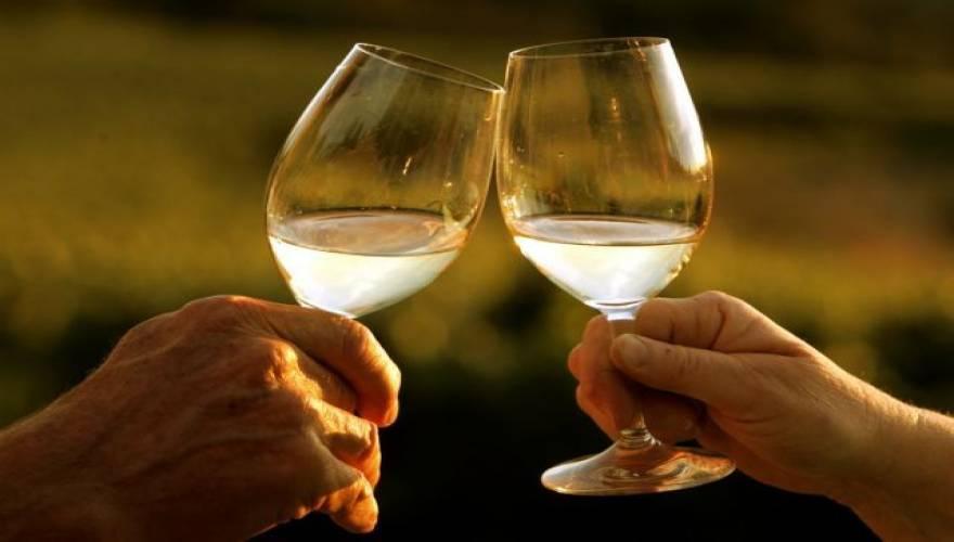 Αλκοόλ: Γιατί αυξάνουμε την κατανάλωση σε περιόδους στρες