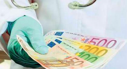 Οι κουμπάροι, τα sms και τα 6 εκατ. ευρώ τους έστειλαν στην φυλακή