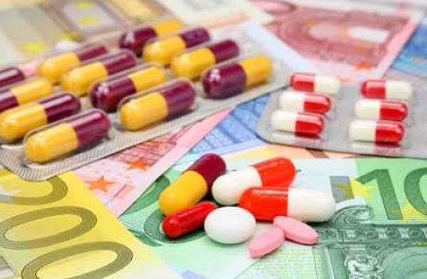 Στα 340 εκατ. ευρώ το ετήσιο κόστος για τα φάρμακα των ανασφάλιστων