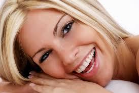 Λευκά δόντια χωρίς ερωτηματικά