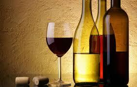 Το πολύ αλκοόλ αυξάνει τον κίνδυνο του καρκίνου του δέρματος