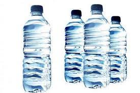 24.000 χημικές ουσίες μπαίνουν στο σώμα μας με το εμφιαλωμένο νερό!