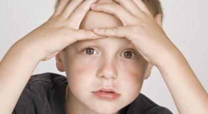Η κατάθλιψη καραδοκεί για τα παιδιά μετά τις γιορτές!