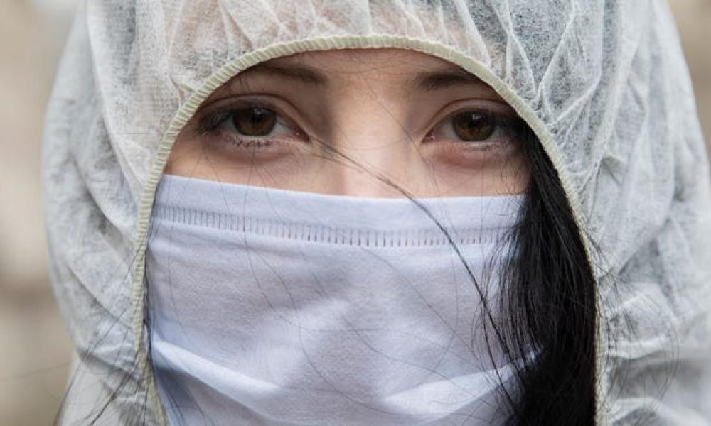 Τί προκαλούν οι μάσκες στο δέρμα μας;