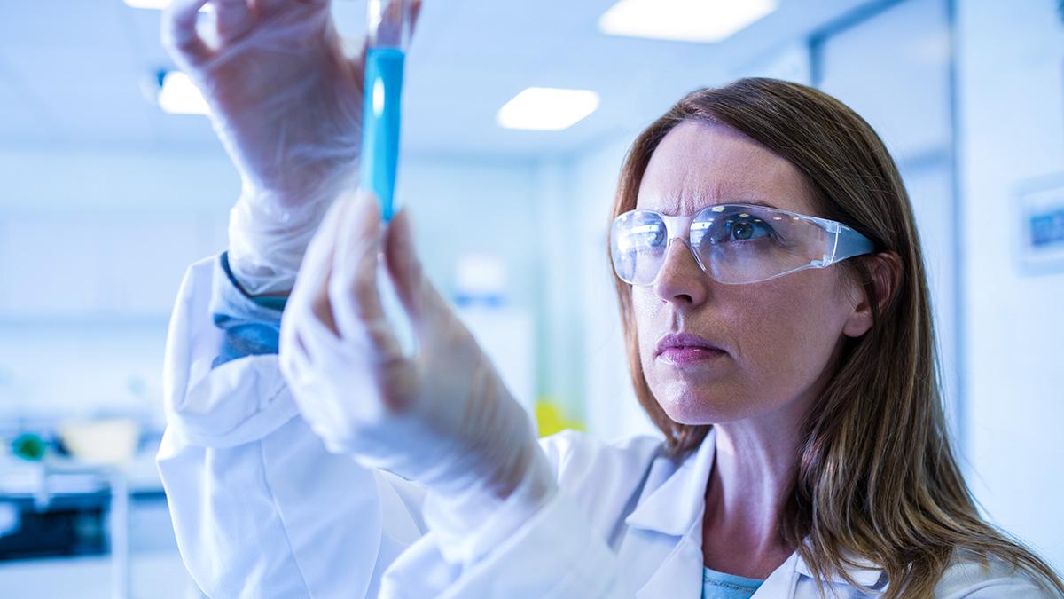 Tι είναι η «καταιγίδα» του ανοσοποιητικού συστήματος για την οποία μιλούν τρεις νέες μελέτες για τον κορωνοϊό
