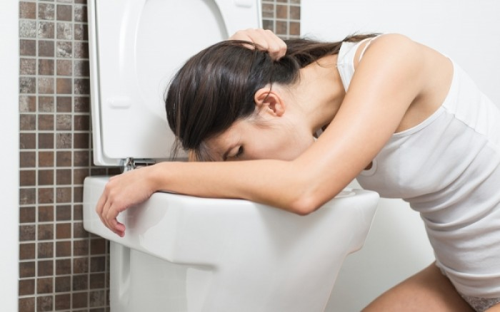 Γαστρεντερίτιδα: Αυτές είναι οι τροφές που θα σας βοηθήσουν να αναρρώσετε πιο γρήγορα