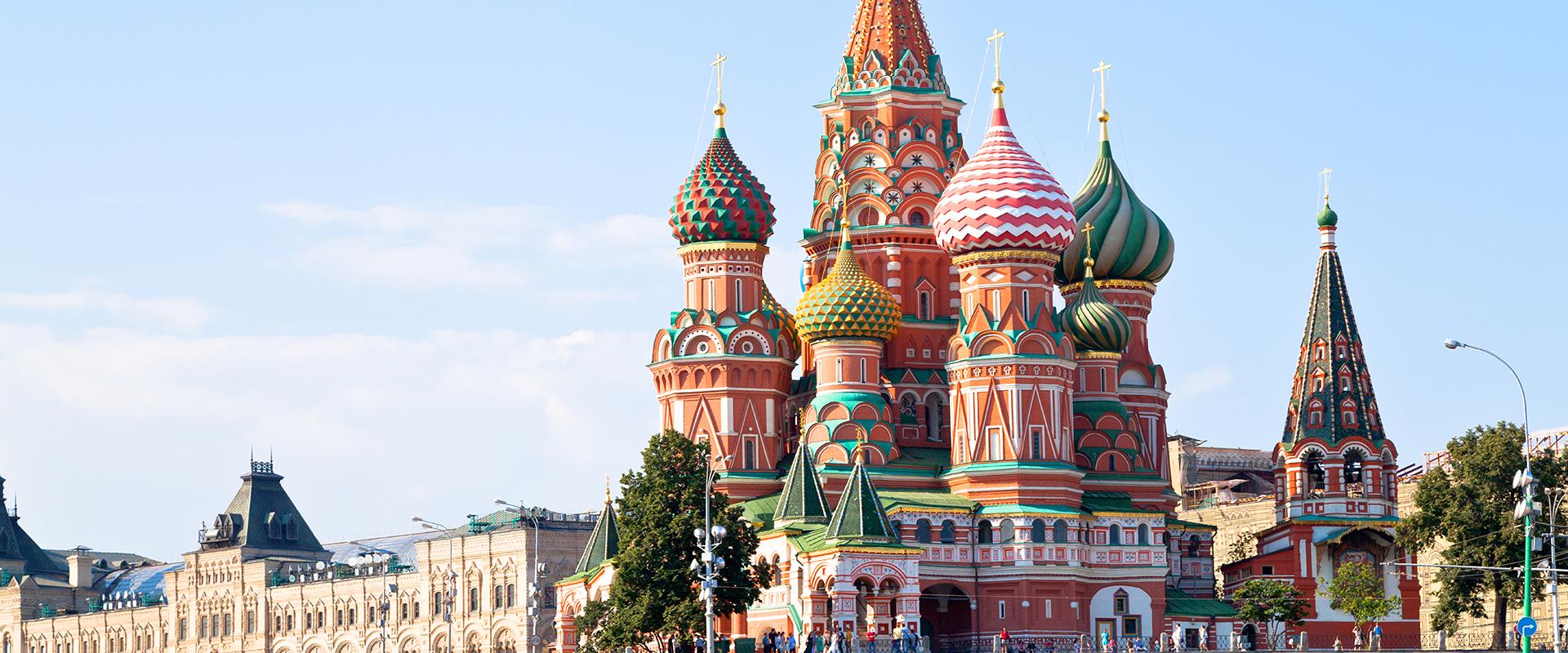Έτοιμη η Μόσχα για μαζικό εμβολιασμό – Τα κατάφερε χωρίς καθολικό lockdown;