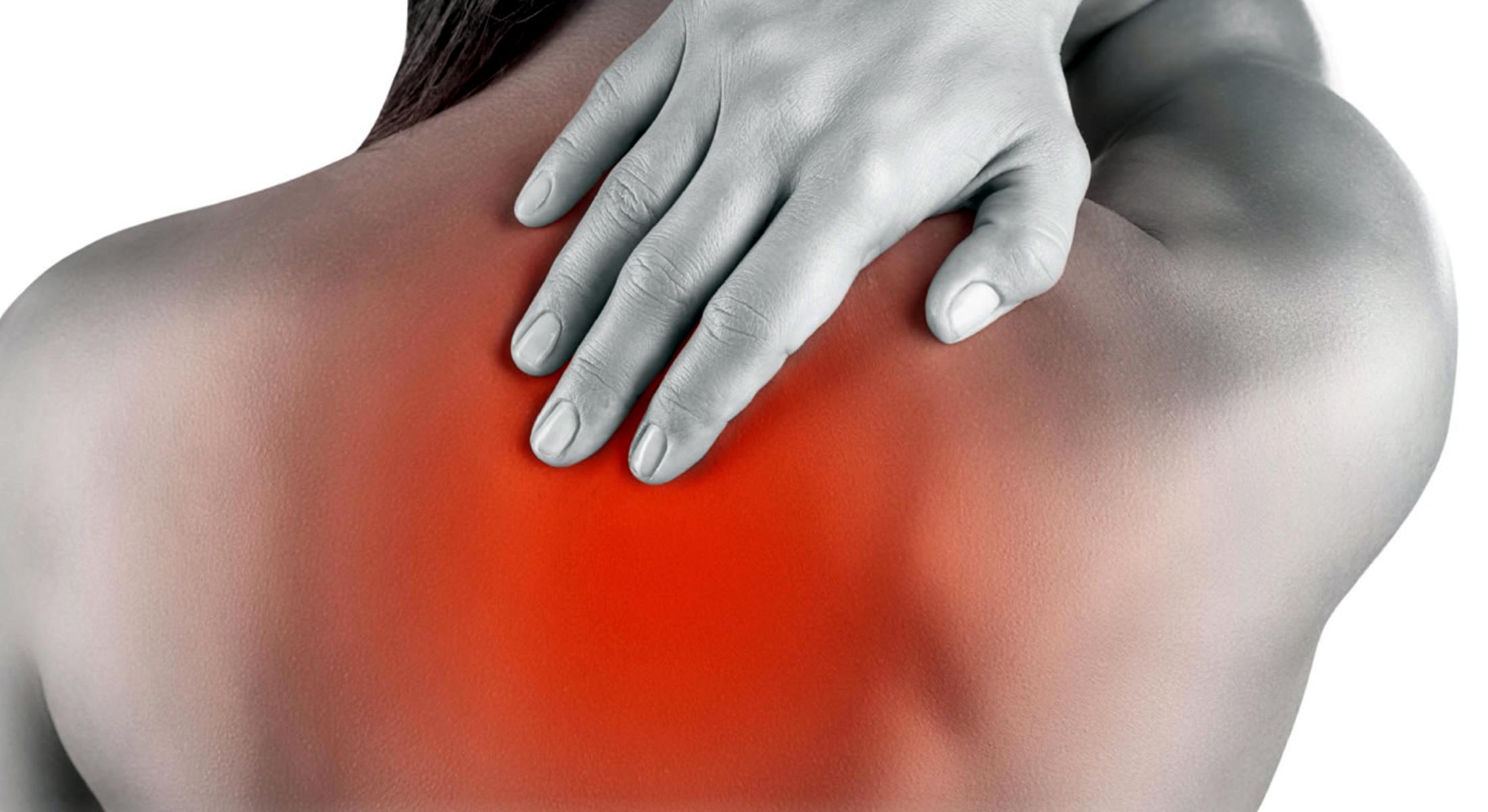 7 λόγοι που μπορεί να ευθύνονται για τον πόνο στη πλάτη σας