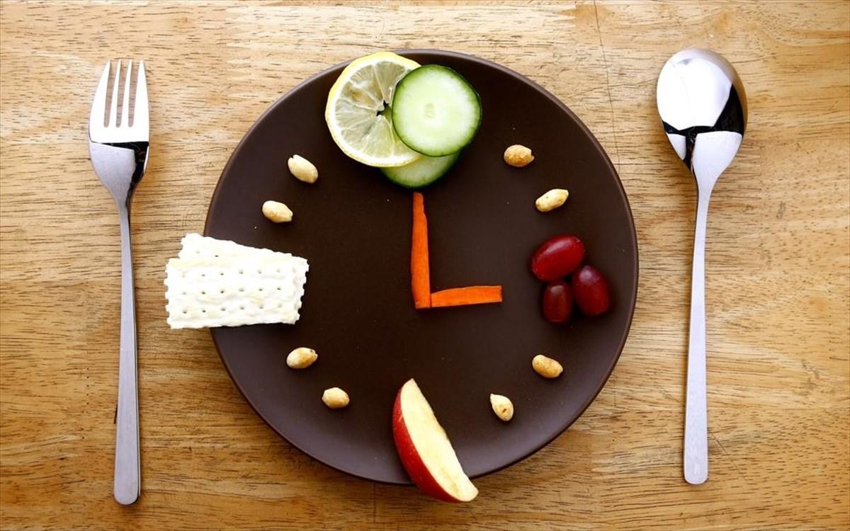 Αυτά είναι τα οφέλη των συχνών γευμάτων μέσα στη μέρα