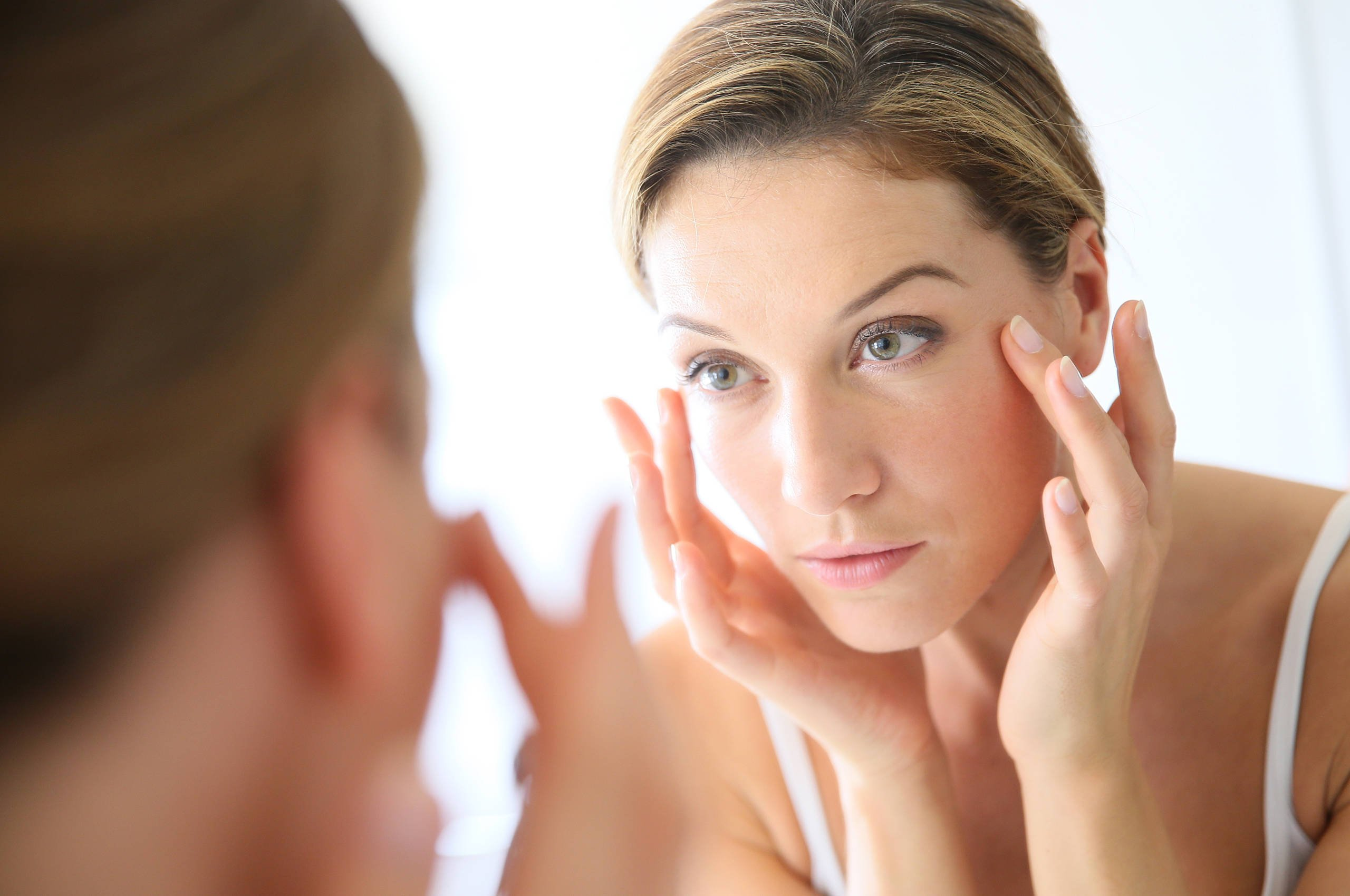 Eπιδερμίδα γύρω από τα μάτια: Αναδόμηση με 5 απλά tips