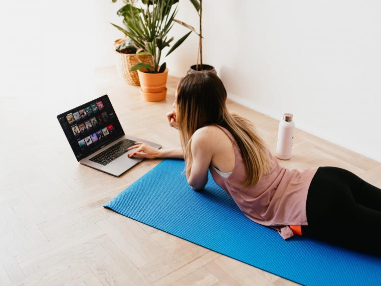 Βαριέστε τη γυμναστική; Τότε αυτή η μέθοδος είναι η ιδανική για εσάς (βίντεο)
