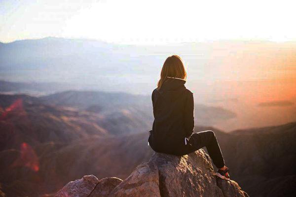 Νιώθω ένα κενό: παλεύοντας με την έλλειψη νοήματος στην ζωή