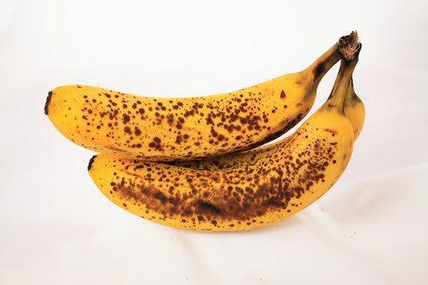 Έτσι θα κρατήσετε τις μπανάνες φρέσκιες (βίντεο)