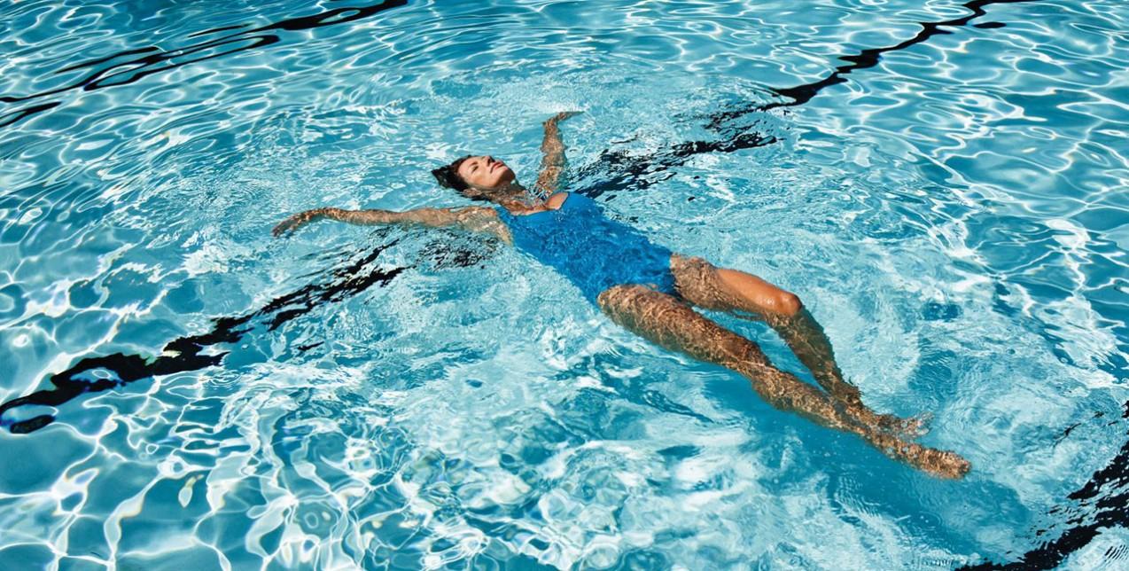 Kολύμβηση: Τα οφέλη της για όλο το σώμα