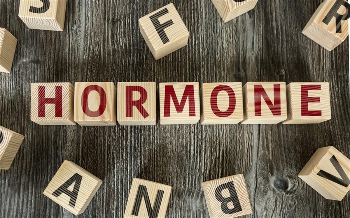 Ορμονικές διαταραχές: Τα συμπτώματα που δεν πρέπει να αψηφήσετε – Πως θα τις αντιμετωπίσετε