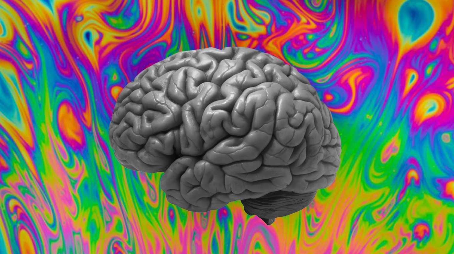 LSD: Πώς επιδρά η ναρκωτική ουσία στον εγκέφαλο και γιατί δοκιμάζεται από τους επιστήμονες;