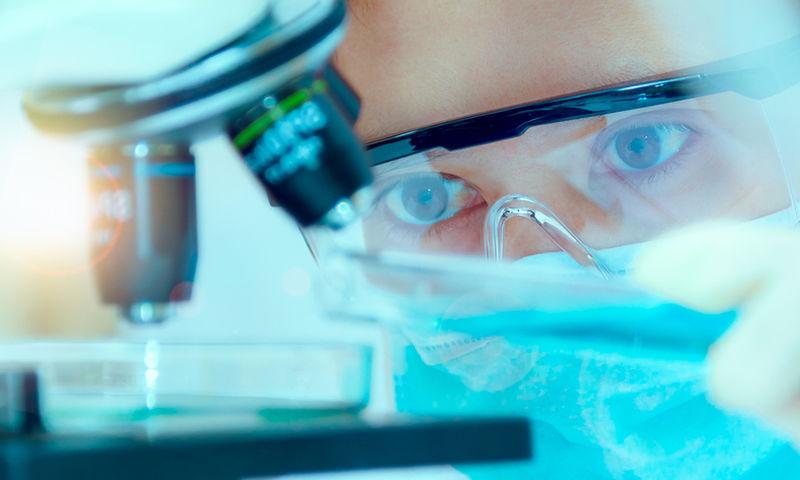 Αντικαρκινικό ρόφημα ως βοηθητική θεραπεία στην επικίνδυνη νόσο- Τί εξηγεί ο εφευρέτης του