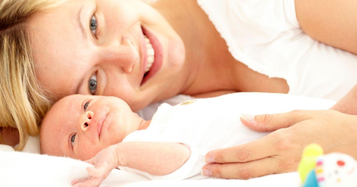 Έγκυος με εξωσωματική γονιμοποίηση μετά τα 40
