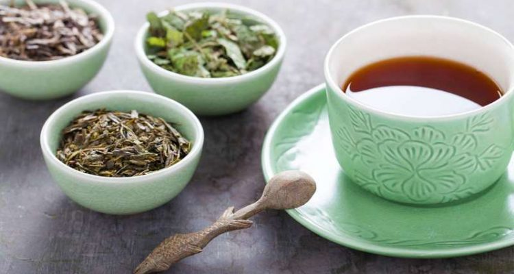 Yπέρταση: Πώς βοηθάει το τσάι στην μείωση της αρτηριακής πίεσης
