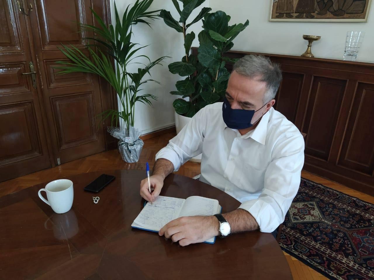 Μήνυμα Στ. Καλαφάτη για το Πάσχα: Σπεύδουμε για εμβολιασμό