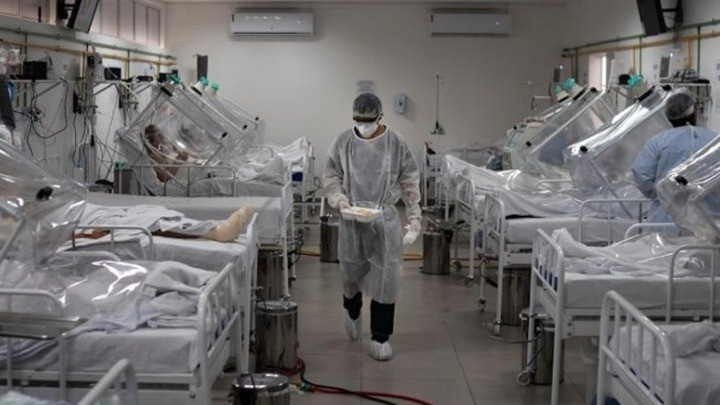 Κορωνοϊός: 2.489 νέα κρούσματα -70 θάνατοι – 707 διασωληνωμένοι