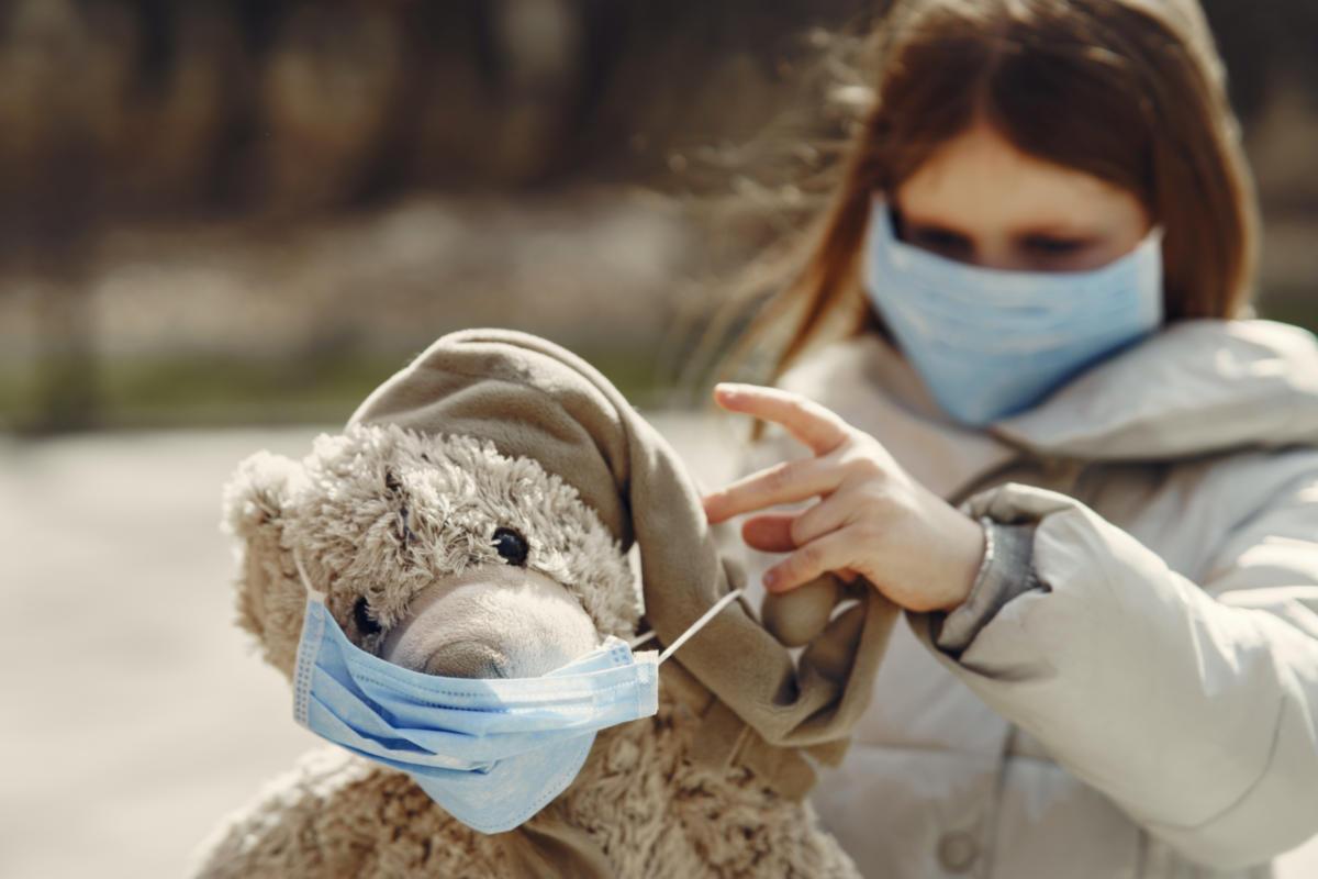 COVID-19: Η πλειοψηφία παιδιών και εφήβων δεν παρουσιάζει τα τυπικά συμπτώματα της λοίμωξης