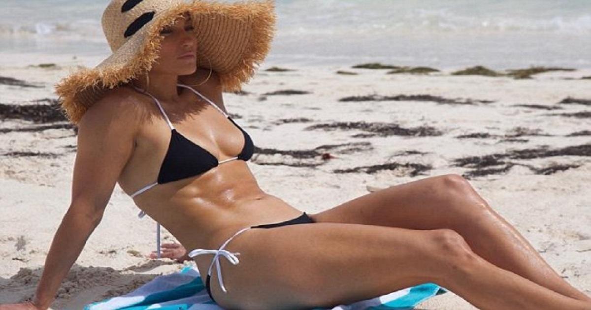 Τα μυστικά της Jennifer Lopez για σφριγηλό σώμα και μετά τα 50