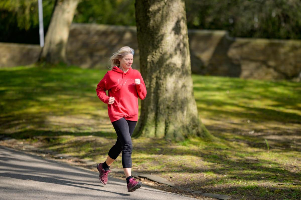Μπορεί η φυσική άσκηση να προστατεύσει από τη νόσο Alzheimer;