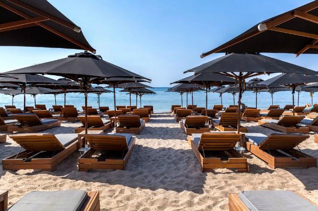 Επιτροπή Ειδικών: Οι εισηγήσεις για φροντιστήρια κέντρα γλωσσών λιανεμπόριο παραλίες