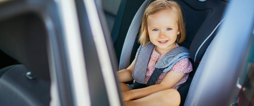 Παιδικό κάθισμα αυτοκινήτου: Πότε το αλλάζουμε και πότε το αφαιρούμε τελείως;