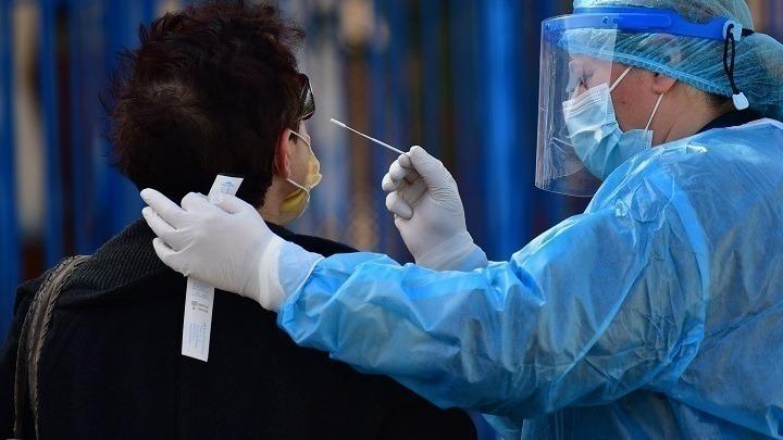ΕΟΔΥ: 1.428 νέα κρούσματα -51 νέοι θάνατοι