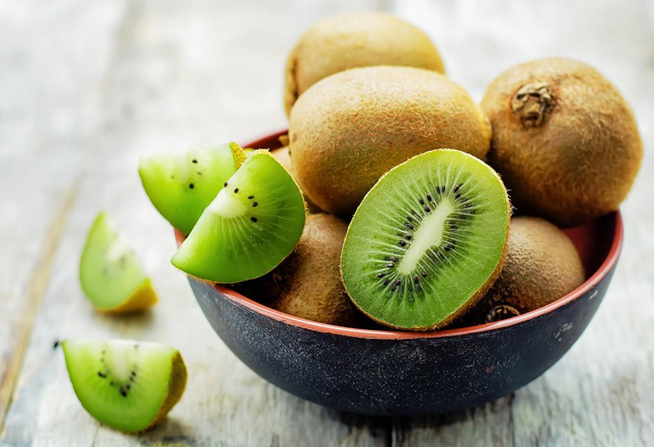 Τα 5 φρούτα που χρειάζεστε φέτος το καλοκαίρι