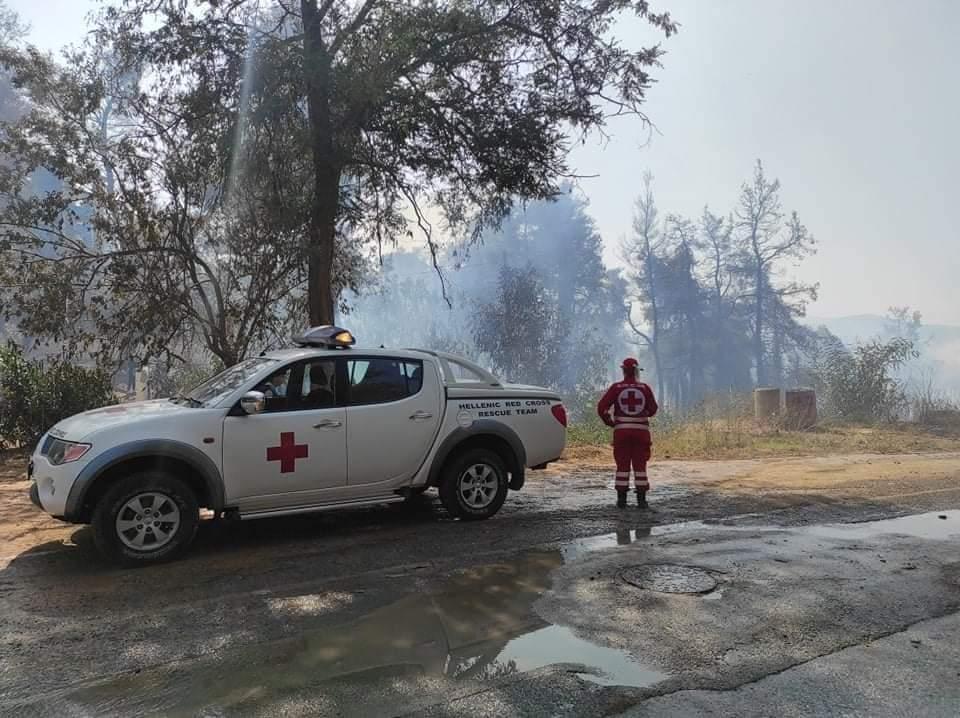 Ε.Ε.Σ. Στην πρώτη γραμμή στη μάχη με τις φλόγες στη Σταμάτα Αττικής