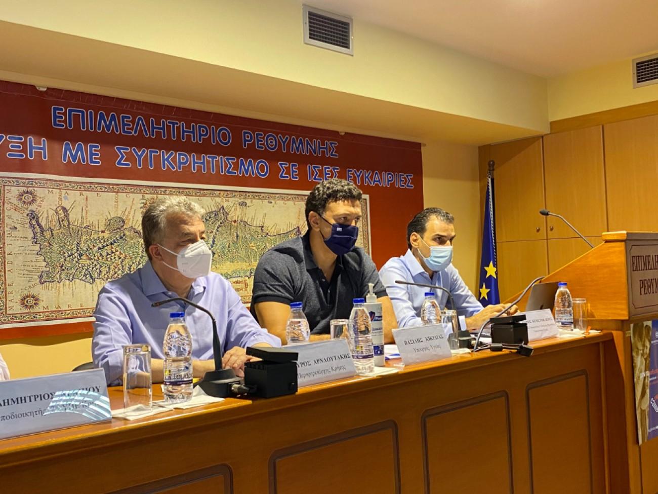 """Κικίλιας από Ρέθυμνο: """"Η Κρήτη πρέπει να είναι πρωτοπόρος και στον εμβολιασμό"""""""