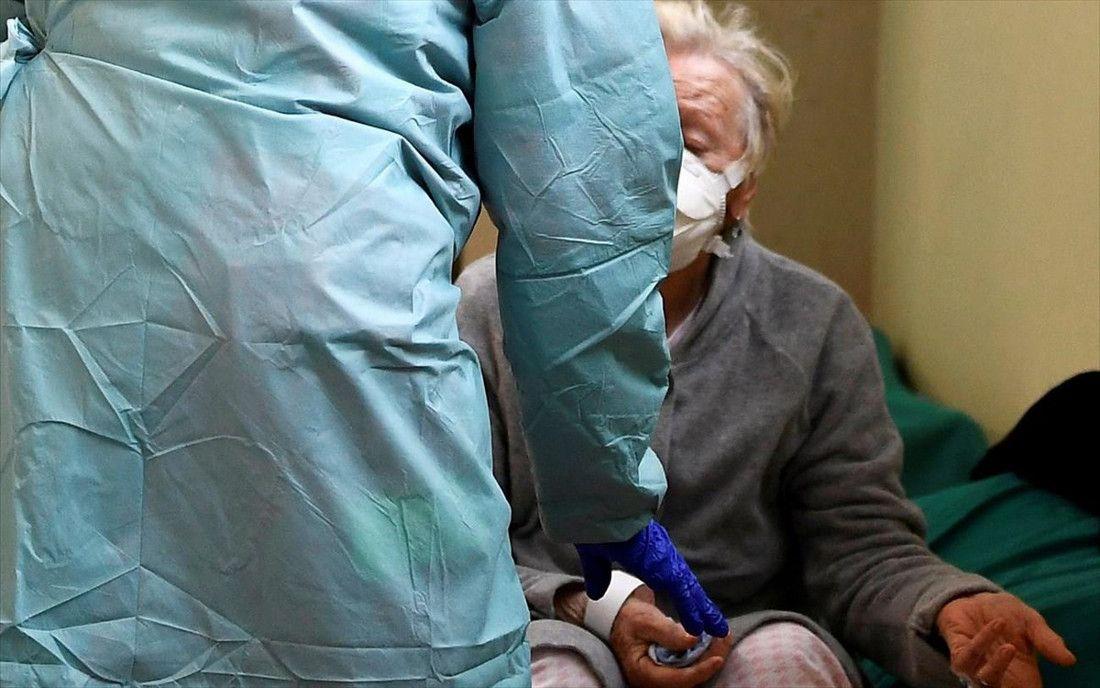 Μονάδες Φροντίδας Ηλικιωμένων: Σε αναστολή σύμβασης όσοι δεν έχουν εμβολιαστεί με πρώτη δόση έως 16/8
