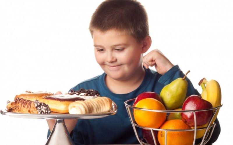 Παχυσαρκία στα παιδιά: Κομβική η εκπαίδευσή τους