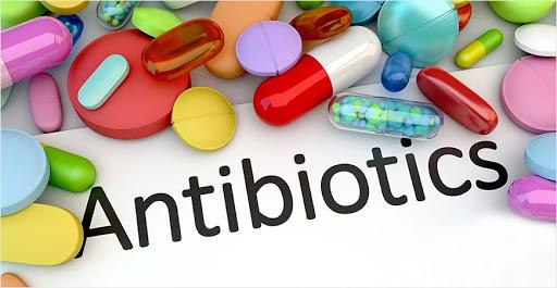 Πρώτοι οι Έλληνες στην κατανάλωση αντιβιοτικών