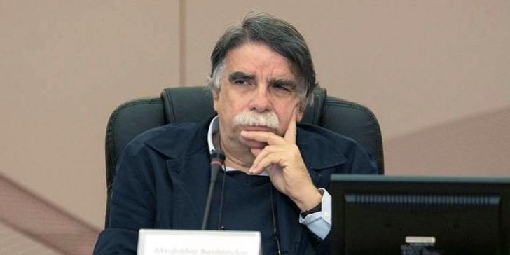 """Βατόπουλος: """"Δεν είναι μοιραίο να έχουμε πολλά κρούσματα αλλά δεν είναι και κάτι που μπορούμε να αποκλείσουμε"""""""
