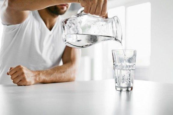 Για να προστατεύσουμε την καρδιά μας πρέπει να πίνουμε νερό