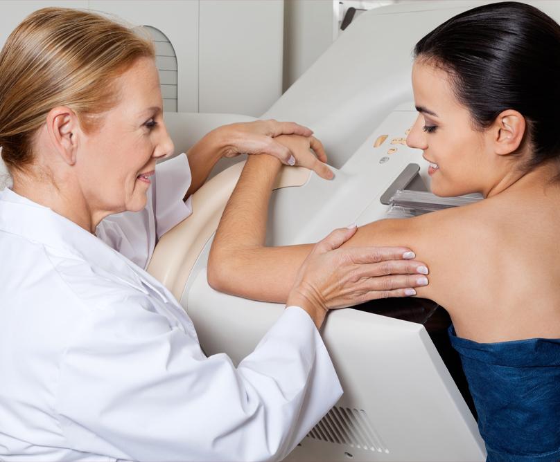 Γιατί μια γυναίκα να κάνει τομοσύνθεση αντί μαστογραφίας