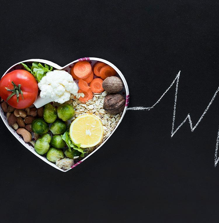 Υγιεινή διατροφή: 20 τρόφιμα που δεν πρέπει να λείπουν από το τραπέζι σας