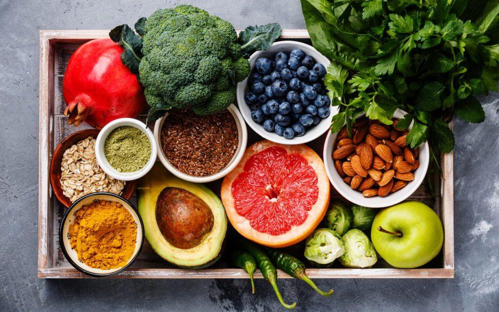 Η υγιεινή διατροφή σύμμαχος έναντι της COVID-19