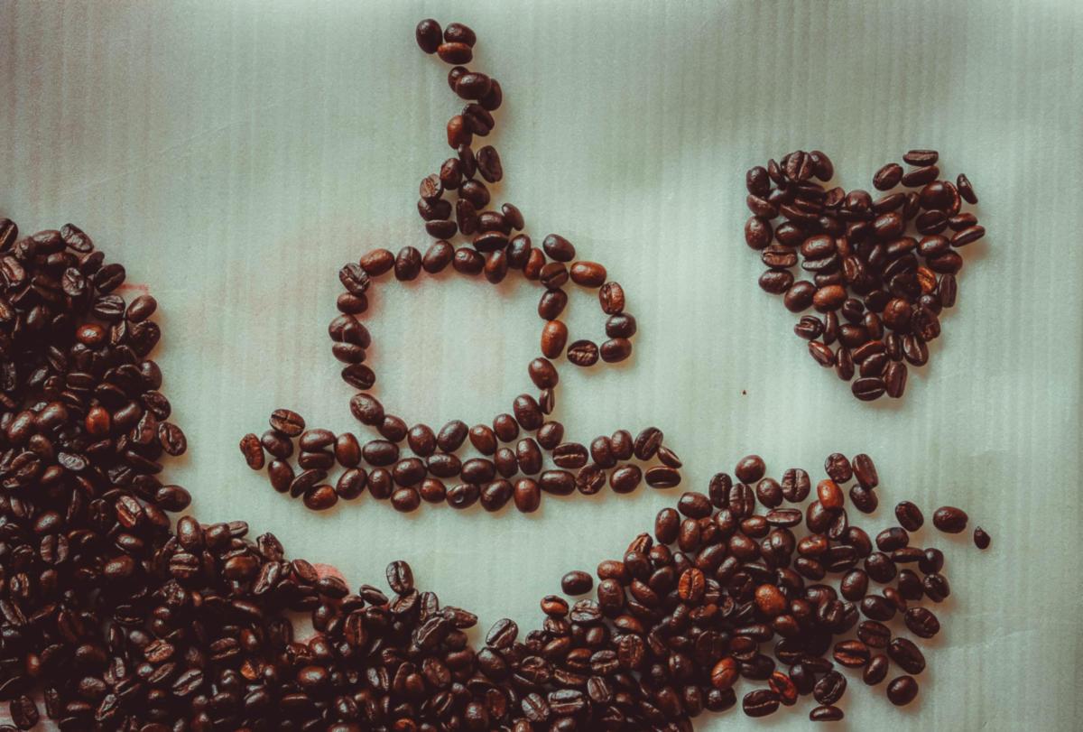 Νέα έρευνα: Η χαμηλή-μέτρια κατανάλωση καφέ προστατεύει την καρδιακή υγεία